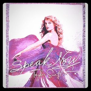 Authentic Taylor swift speak now blanket